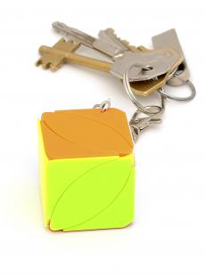 Иви куб «Mini Maple Leaf keychian cube»